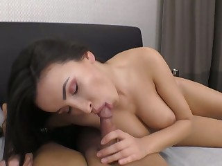 Big boobed GF with pierced navel Alyssia Kent wanna ride dauntless cock