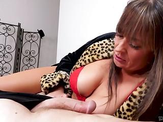 Profligate Elexis Monroe is mature big breasted blowlerina who loves sucking dicks