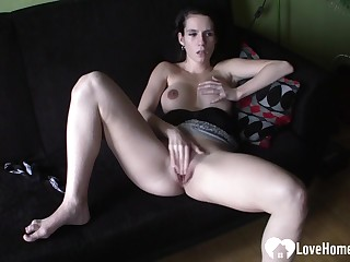 Raunchy dark haired lady fingers her tight soiled hoochie-hoochie-coochie
