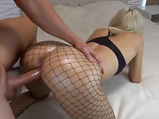 Blond Hair Lady With Sensual Raw End In Oil Gets Penis In Ass Fuck - FUCK MOVIE