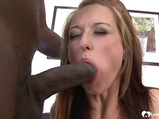 Darkhair loves to realize her miserly holes pounded