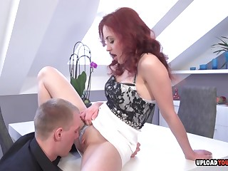 Steamy Redhead Gives A Sucking Blarney Far The Post