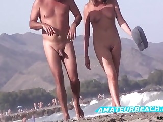 Very Hot Amateur Porn Voyeur Nudist On Overturn Beach Sheet
