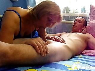 Lucky beggar gets a oral unfamiliar his stepmom