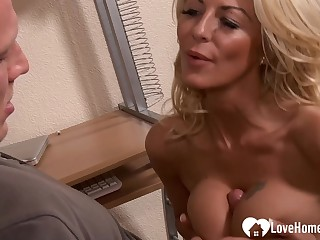 Sensational mommy in stockings rides a boner