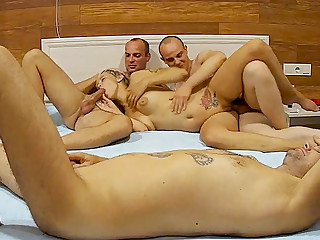 Blonde Sexy Amateur Milf in Foursome Action in excess of Real Define Cam