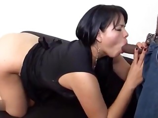 Latina hot cougar interracial porn video