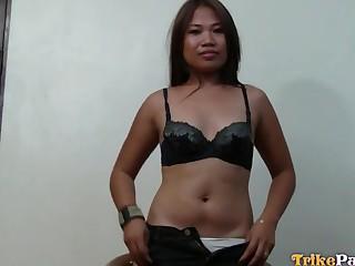 Making grimaces indicative Asian slut Genie gets pounded doggy hard