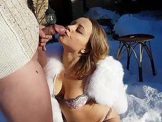 Sucks And Nailing On Snow - outdoor porn